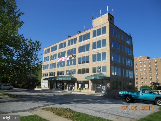 40 Dundalk Avenue - Photo 1