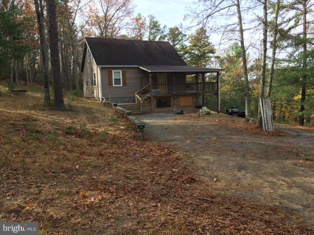 1423 Buck Ridges Road, FRANKLIN, WV 26807 (#1000161165) :: The Maryland Group of Long & Foster