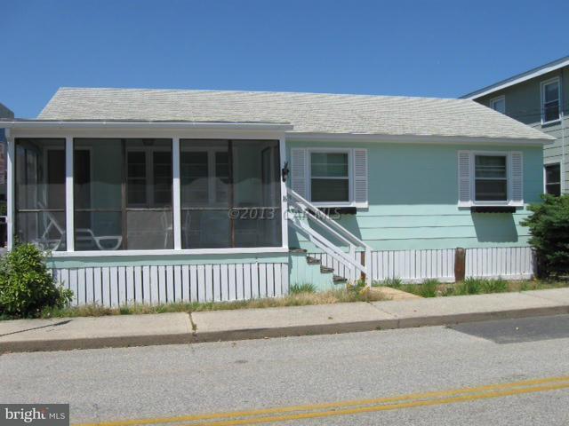 16 57TH Street, OCEAN CITY, MD 21842 (#1005951943) :: Atlantic Shores Realty