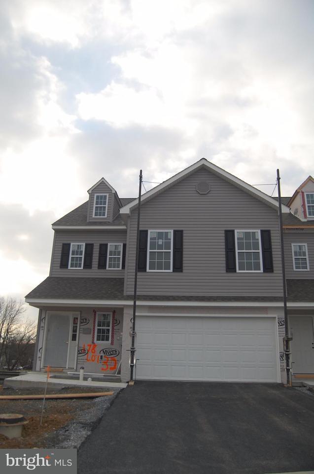 178 Braeburn Way, PALMYRA, PA 17078 (#1000096234) :: The Joy Daniels Real Estate Group