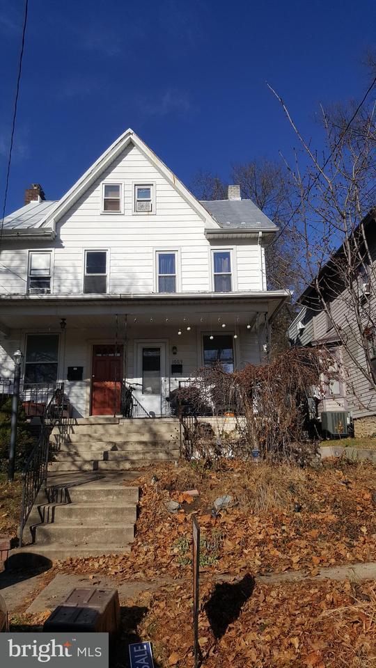 1003 Walnut Street, LEMOYNE, PA 17043 (#1000096250) :: The Joy Daniels Real Estate Group