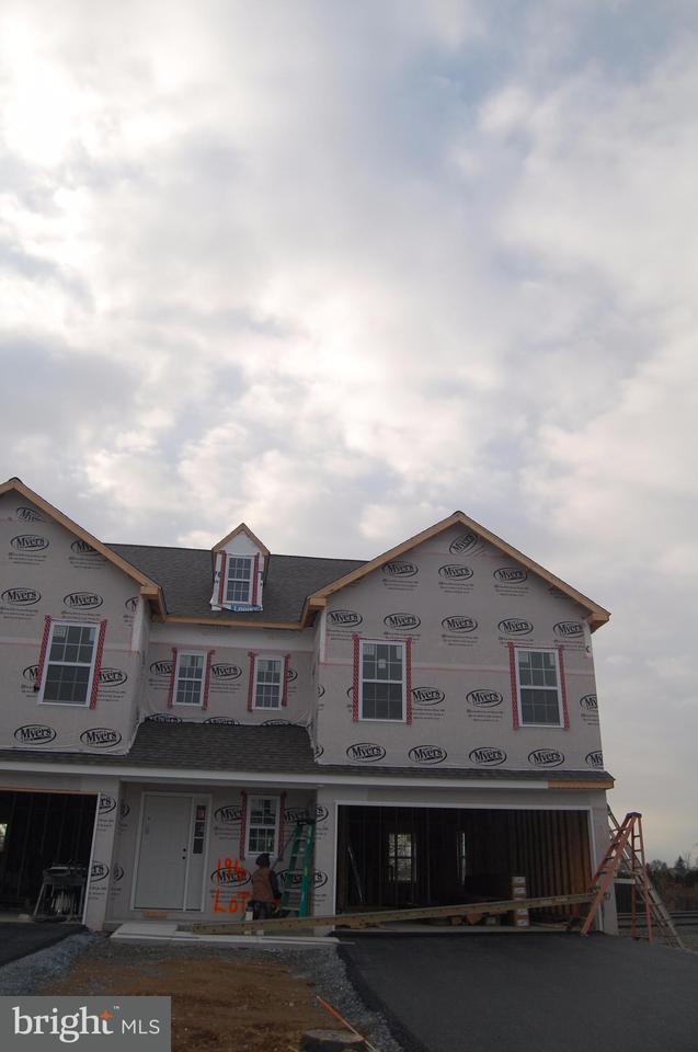 194 Braeburn Way, PALMYRA, PA 17078 (#1000096320) :: The Joy Daniels Real Estate Group