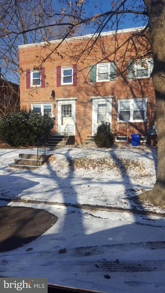 2420 Kensington Street, HARRISBURG, PA 17104 (#1000097342) :: The Joy Daniels Real Estate Group