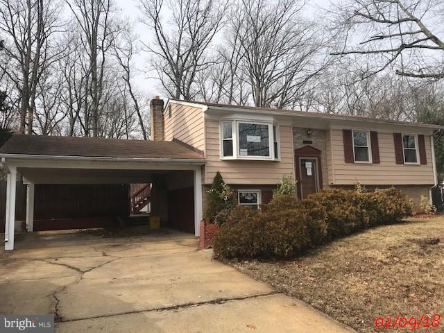 5808 Lundy Drive, LANHAM, MD 20706 (#1000140804) :: The Gus Anthony Team
