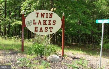 LOT 11 Twin Lakes, BERKELEY SPRINGS, WV 25411 (#1000233180) :: Blue Key Real Estate Sales Team