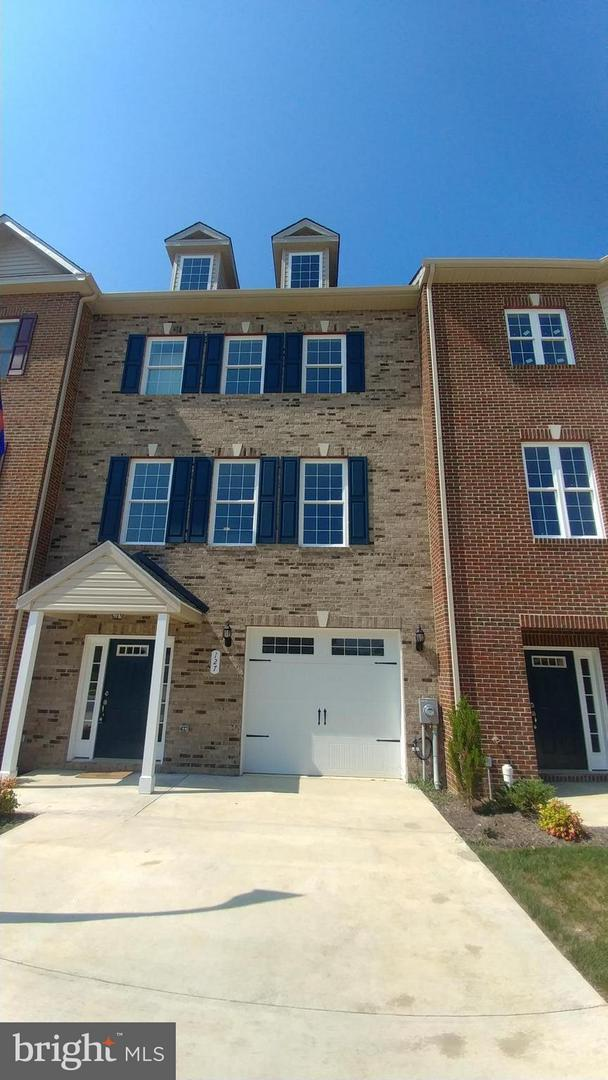 127 Wheatfield Drive, LA PLATA, MD 20646 (#1000246806) :: The Miller Team