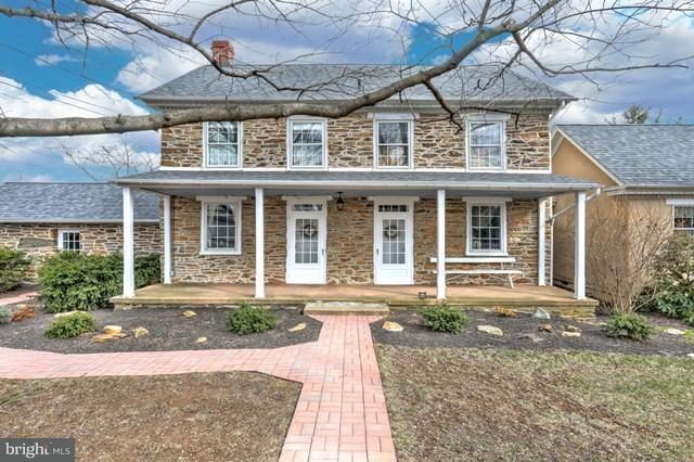 309 S Franklin Street, RED LION, PA 17356 (#1000272178) :: Benchmark Real Estate Team of KW Keystone Realty