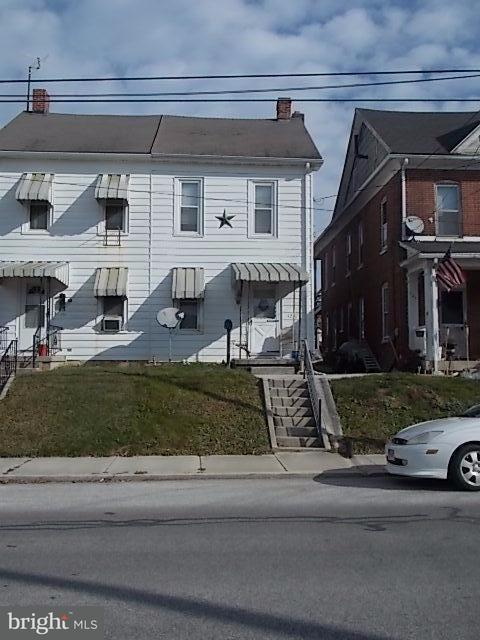 429 High Street, HANOVER, PA 17331 (#1000301332) :: The Joy Daniels Real Estate Group