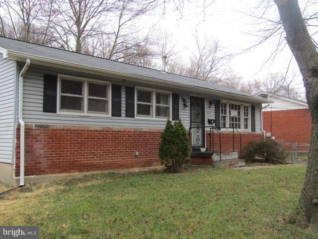 6712 Greenvale Parkway, HYATTSVILLE, MD 20784 (#1000317624) :: The Riffle Group of Keller Williams Select Realtors