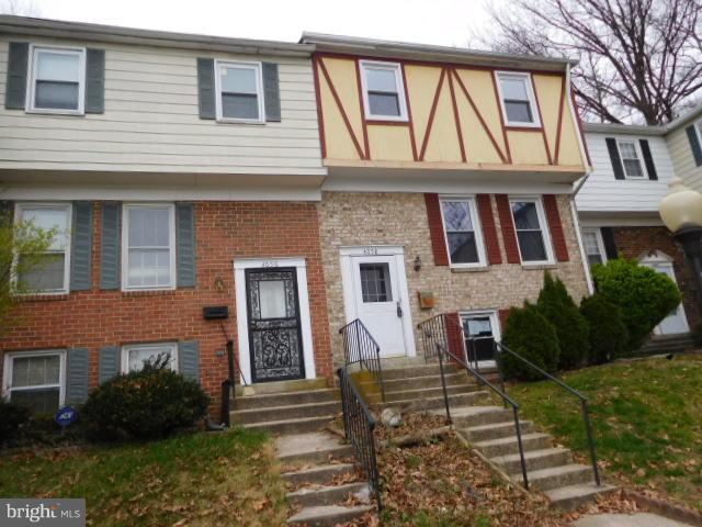 4058 Hanson Oaks Drive, HYATTSVILLE, MD 20784 (#1000372268) :: ExecuHome Realty