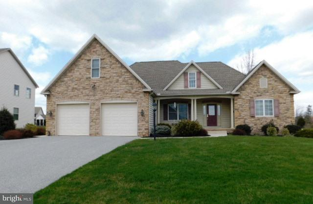651 Parkwood Drive, MANCHESTER, PA 17345 (#1000389444) :: The Jim Powers Team