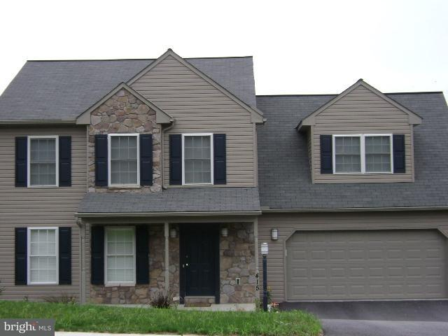415 N Burberry Lane, MOUNT WOLF, PA 17347 (#1000434808) :: Teampete Realty Services, Inc