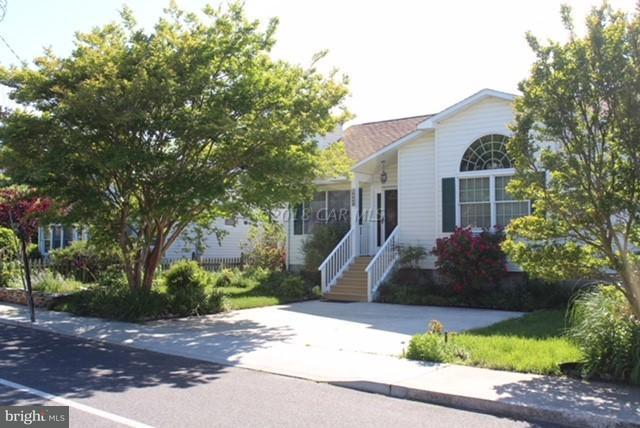 9009 Mediterranean Drive, OCEAN CITY, MD 21842 (#1001559930) :: The Windrow Group