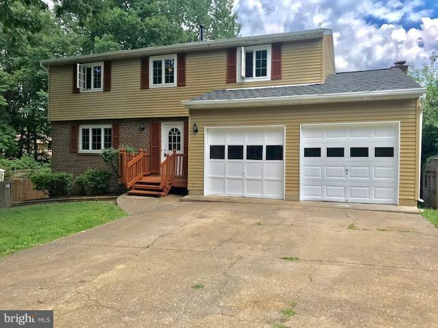 5060 Gallager Drive, FREDERICKSBURG, VA 22407 (#1001761642) :: Colgan Real Estate