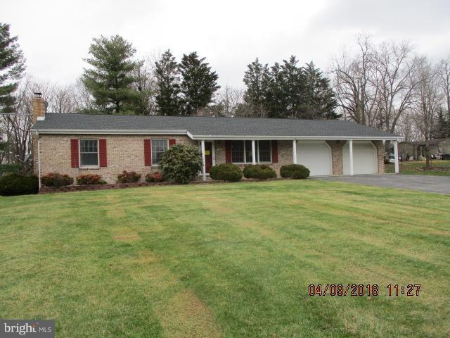 7836 Abbott Drive, BOONSBORO, MD 21713 (#1001907856) :: Colgan Real Estate