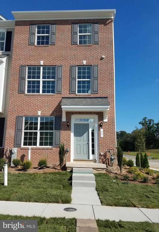 104 Ironwood Court, ROSEDALE, MD 21237 (#1001961340) :: AJ Team Realty