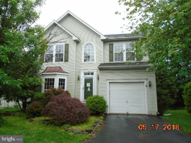 9765 Plaskett Forest Lane, LORTON, VA 22079 (#1001962560) :: Colgan Real Estate