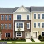 9800 Wood Glen Terrace, LANHAM, MD 20706 (#1001975618) :: The Putnam Group
