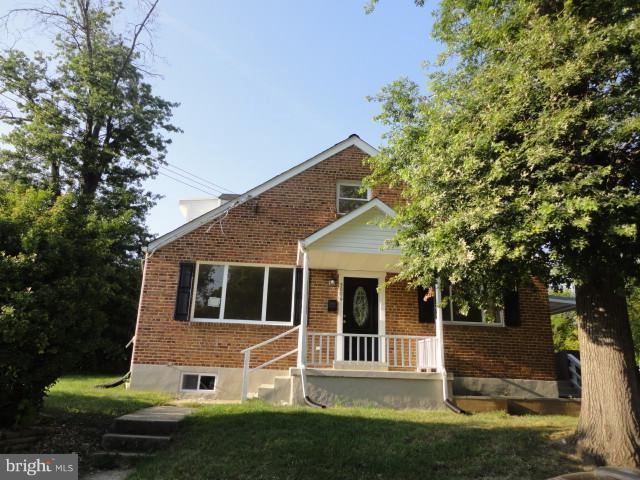 5006 Sheridan Street, RIVERDALE, MD 20737 (#1002042240) :: Colgan Real Estate