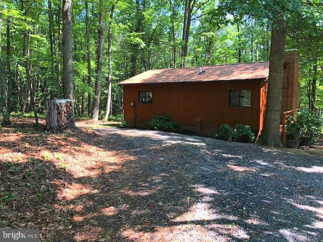 606 Mountain Laurel Lane, MOUNT JACKSON, VA 22842 (#1002053832) :: Colgan Real Estate