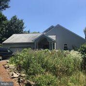2 Crimson Lane, ELIZABETHTOWN, PA 17022 (#1002054900) :: The Joy Daniels Real Estate Group