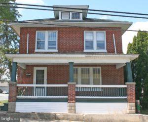 32 N Spruce Street, ELIZABETHTOWN, PA 17022 (#1002069788) :: The Joy Daniels Real Estate Group