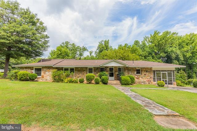 58 Potomac Avenue, MONTROSS, VA 22520 (#1002080188) :: Wes Peters Group Of Keller Williams Realty Centre