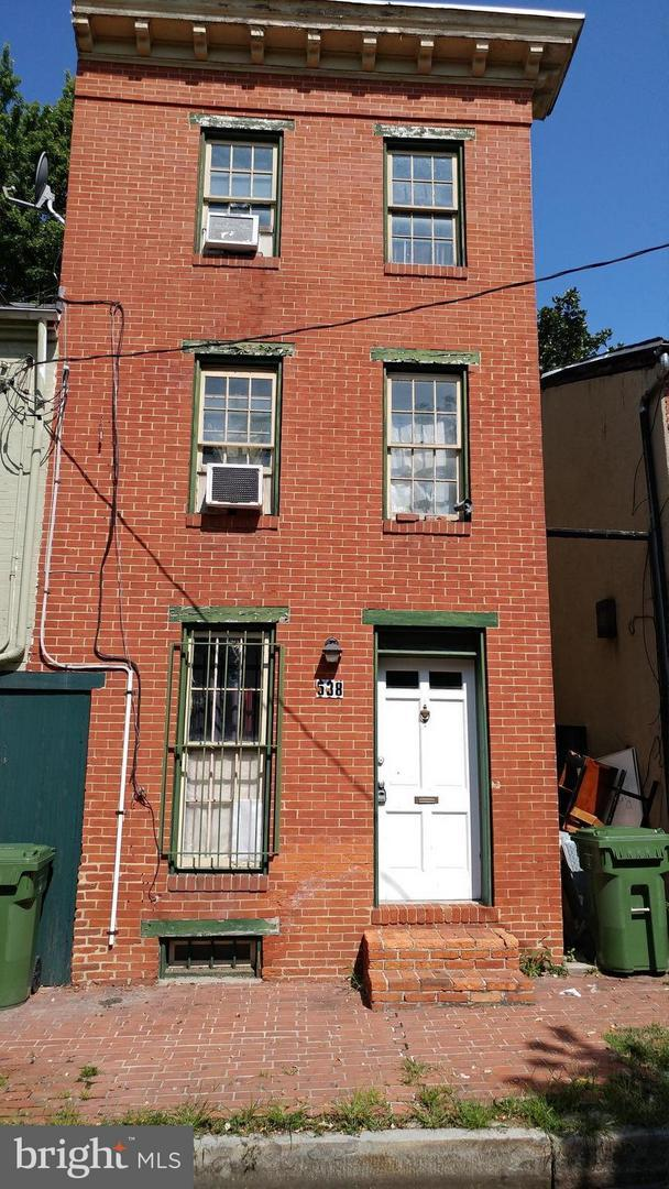 538 Saint Mary Street, BALTIMORE, MD 21201 (#1002104758) :: AJ Team Realty