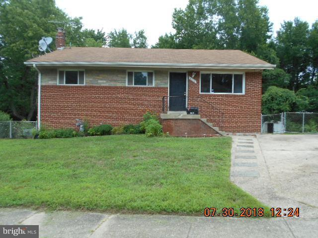 6018 Ladd Road, SUITLAND, MD 20746 (#1002136288) :: Colgan Real Estate