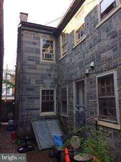 527 E King Street, LANCASTER, PA 17602 (#1002176196) :: The Joy Daniels Real Estate Group