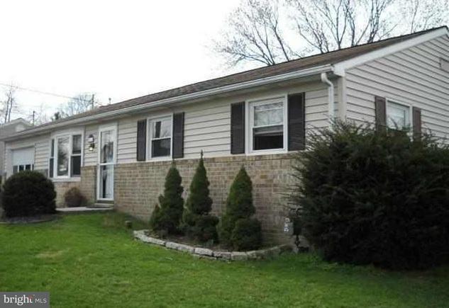 411 Black Rock Road, HANOVER, PA 17331 (#1002227290) :: Benchmark Real Estate Team of KW Keystone Realty