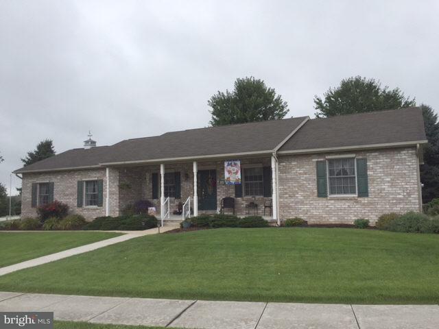 14 Wheaton Drive, LITTLESTOWN, PA 17340 (#1002229868) :: Benchmark Real Estate Team of KW Keystone Realty