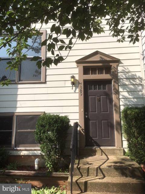 7309 Rokeby Drive, MANASSAS, VA 20109 (#1002265760) :: Colgan Real Estate