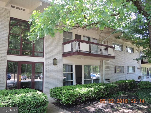 7705 Donnybrook Court #204, ANNANDALE, VA 22003 (#1002278452) :: Circadian Realty Group