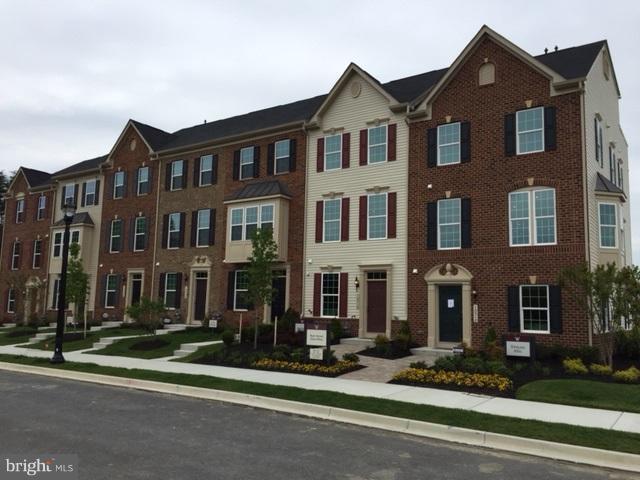 10507 Rawlins Court D, UPPER MARLBORO, MD 20772 (#1002289330) :: Great Falls Great Homes