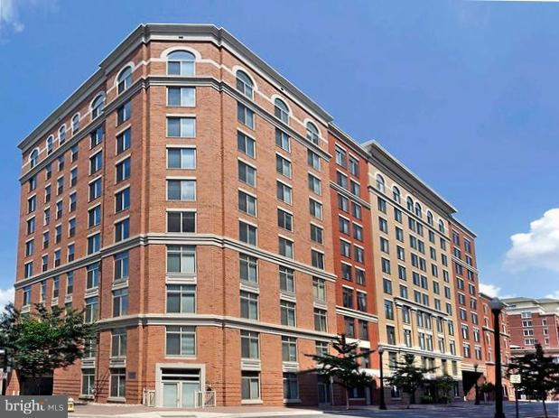 1205 Garfield Street N #810, ARLINGTON, VA 22201 (#1002294154) :: Dart Homes