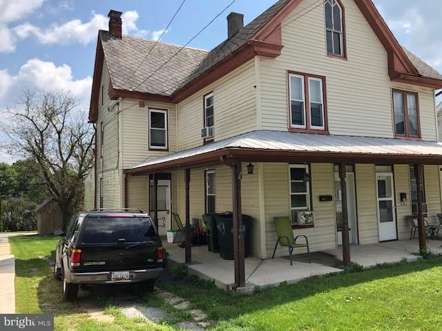 213 N Main Street, JACOBUS, PA 17407 (#1002402096) :: Benchmark Real Estate Team of KW Keystone Realty