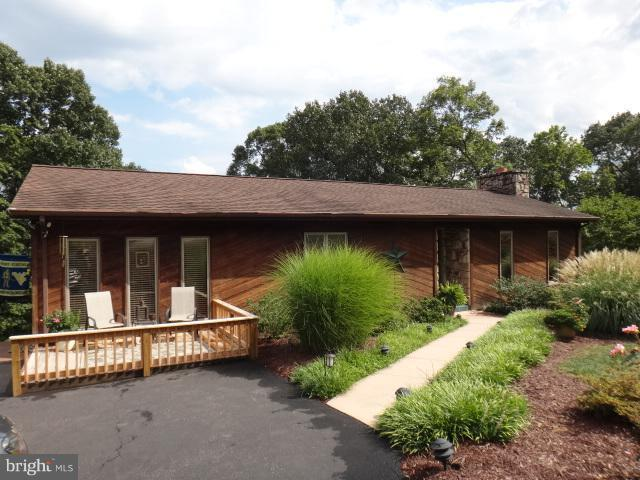 257 Mulberry Lane, WILEY FORD, WV 26767 (#1003272800) :: Colgan Real Estate