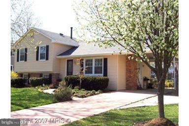 5511 Broadmoor Street, ALEXANDRIA, VA 22315 (#1004235420) :: Colgan Real Estate