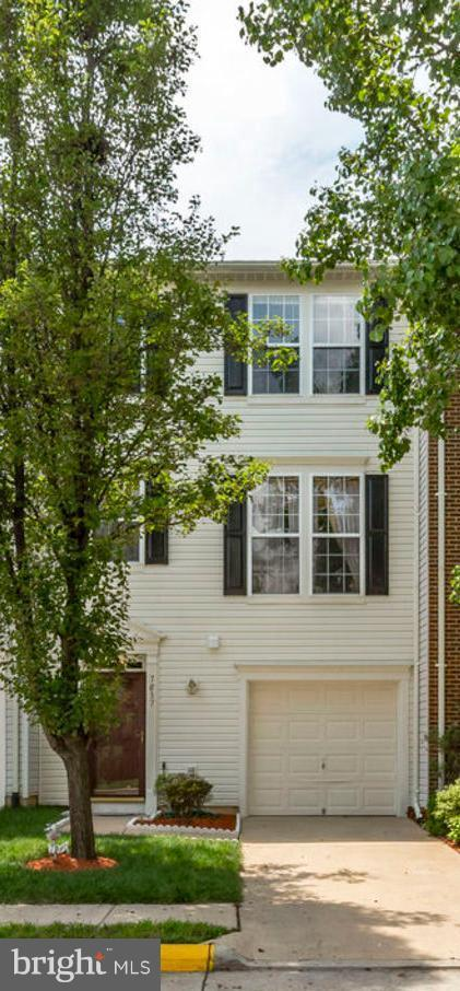 7837 Dogue Indian Circle, LORTON, VA 22079 (#1004248404) :: Colgan Real Estate