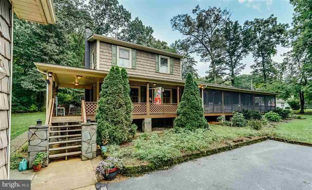 10 Nottingham Road, LOUISA, VA 23093 (#1005325990) :: Remax Preferred | Scott Kompa Group