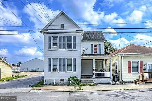 11 & 11.5 & 13 Commerce Street, HANOVER, PA 17331 (#1005610634) :: The Heather Neidlinger Team With Berkshire Hathaway HomeServices Homesale Realty