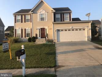 10465 Gallant Fox Way, RUTHER GLEN, VA 22546 (#1006166678) :: Colgan Real Estate