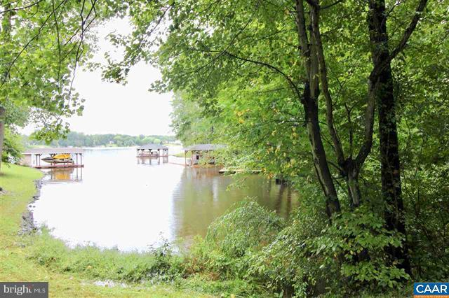 N. Lakeshore Dr, LOUISA, VA 23093 (#1006659630) :: Remax Preferred | Scott Kompa Group