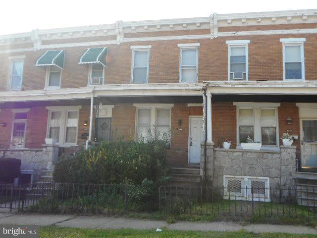 2215 Saratoga Street W, BALTIMORE, MD 21223 (#1008349274) :: Labrador Real Estate Team