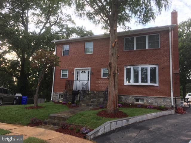 6533 29TH Street N, ARLINGTON, VA 22213 (#1008362564) :: Colgan Real Estate