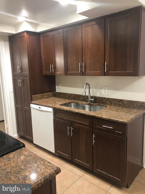 11656 Stoneview Square 12C, RESTON, VA 20191 (#1008389272) :: The Withrow Group at Long & Foster