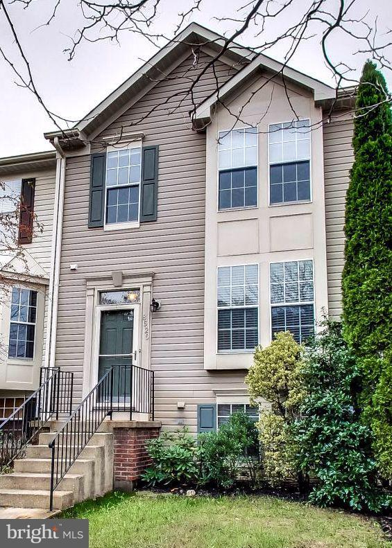 8520 Pine Meadows Drive, ODENTON, MD 21113 (#1009908430) :: The Putnam Group