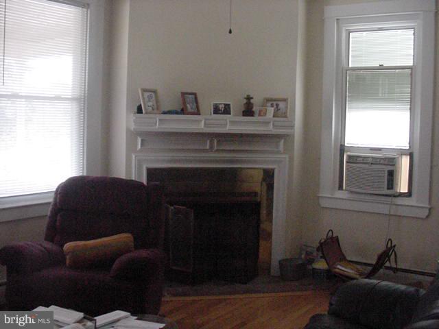 4315 Bayonne Avenue, BALTIMORE, MD 21206 (#1009929134) :: The Bob & Ronna Group