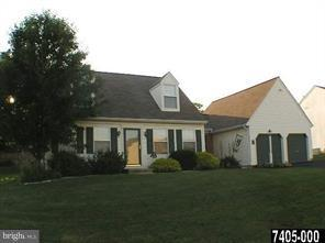 3095 Jodi Lane, DOVER, PA 17315 (#1009934730) :: Benchmark Real Estate Team of KW Keystone Realty